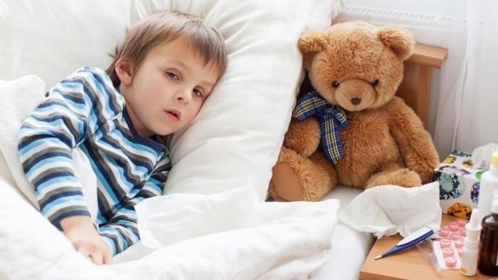 perbedaan alergi dingin dengan pilek pada anak 5.jpg