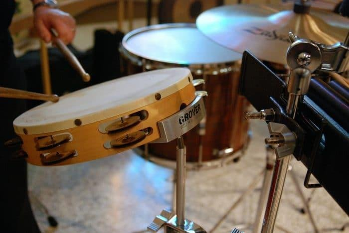 alat musik tamborin