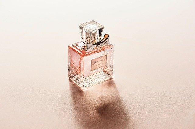 Ciri Khas dari Eau de Parfume