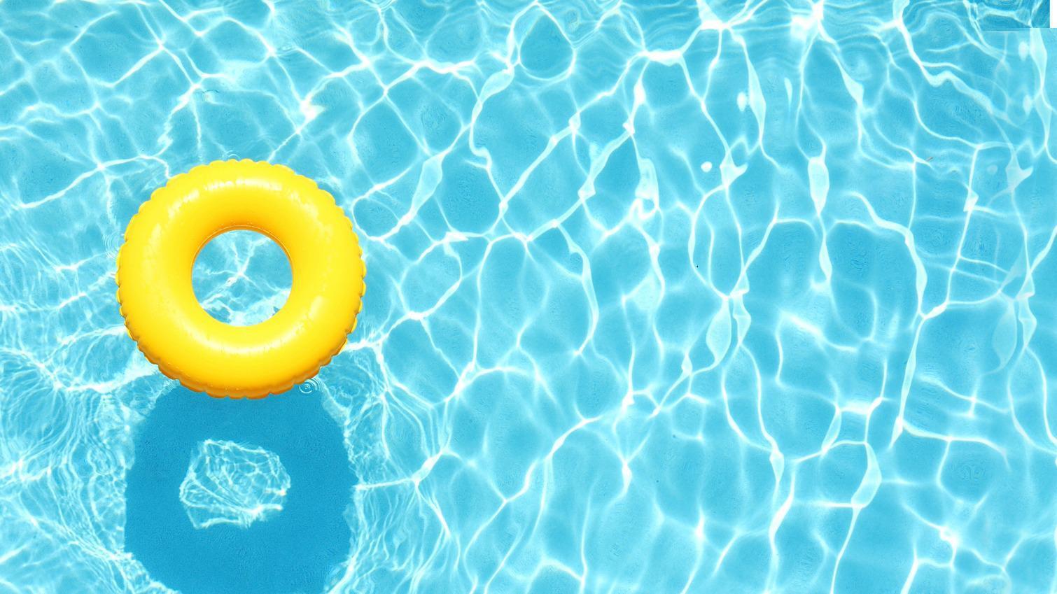 Hasil gambar untuk kolam renang bersih dan sehat