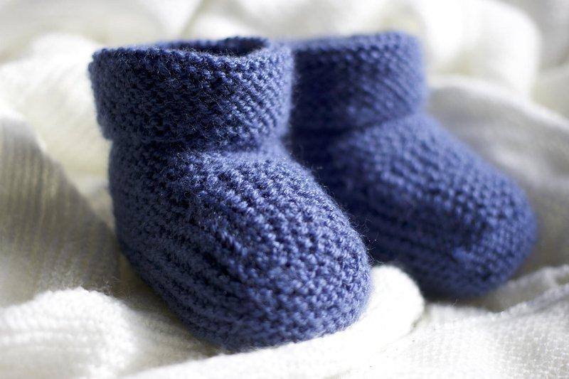 periksa dengan seksama kaki bayi selalu dingin, apakah perlu dikhawatirkan.jpg