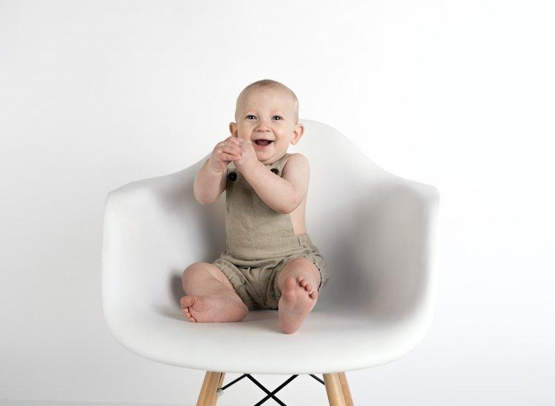perkembangan bayi 6 bulan tepuk tangan.jpg