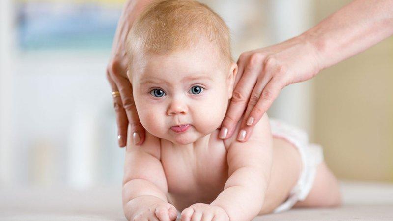 cara pijat bayi yang tepat