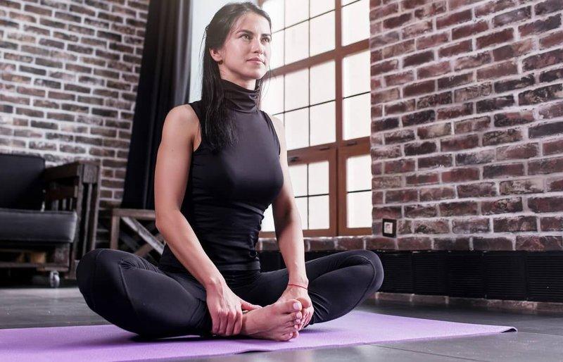 cara meningkatkan stamina-yoga dan meditasi