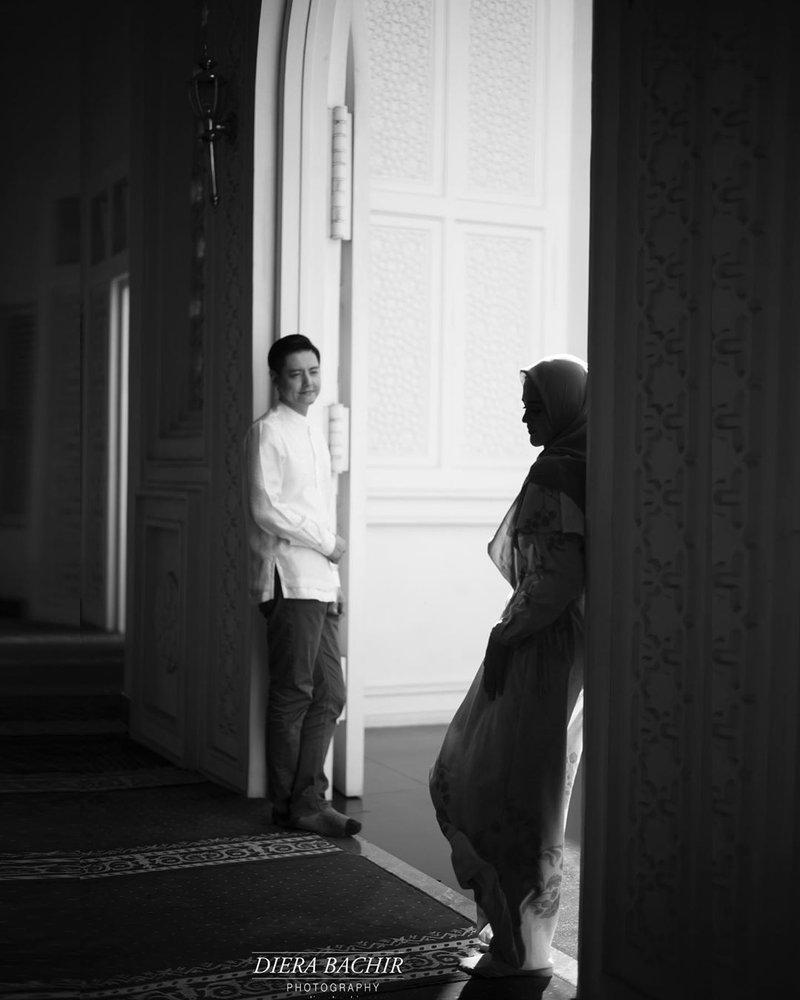 foto prewedding, roger dan cut meyriska