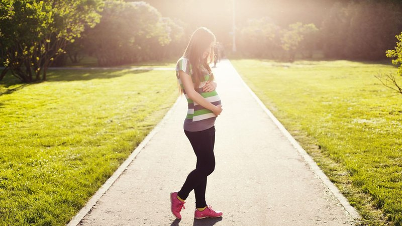 pregnant 1561750 1920