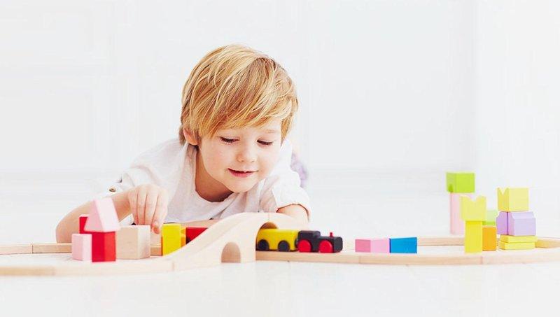 punya sedikit mainan ternyata lebih baik untuk perkembangan balita, apa alasannya 1