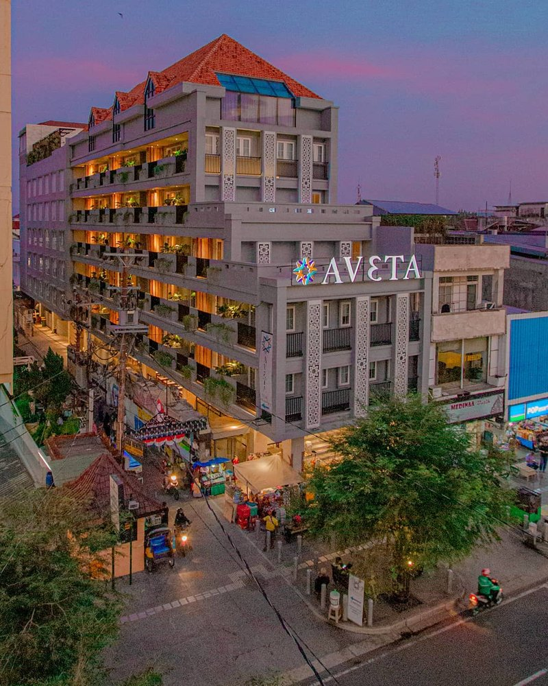 rekomendasi hotel di jogja Aveta Hotel Malioboro.jpg