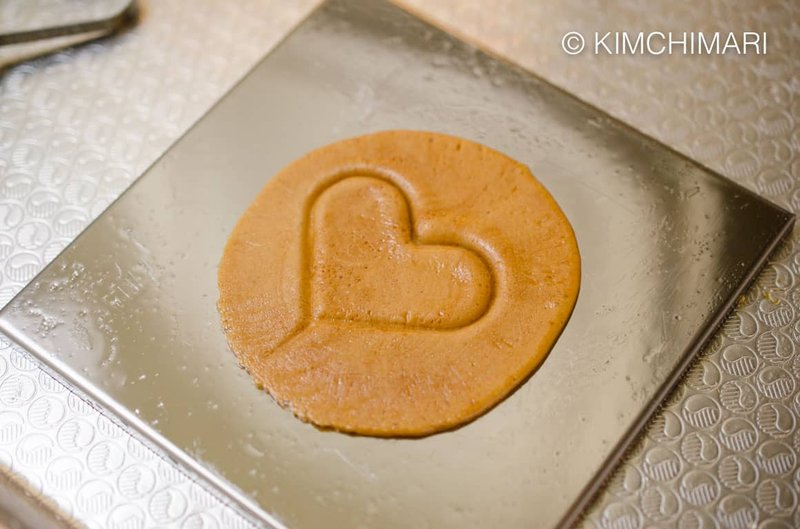 resep masakan Korea-permen dalgona.jpg