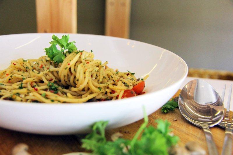 resep spaghetti aglio olio jamur.jpg