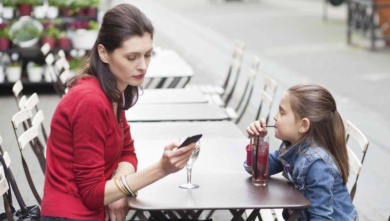 resolusi tahun baru tinggalkan 7 kebiasaan buruk dalam mengasuh anak 4