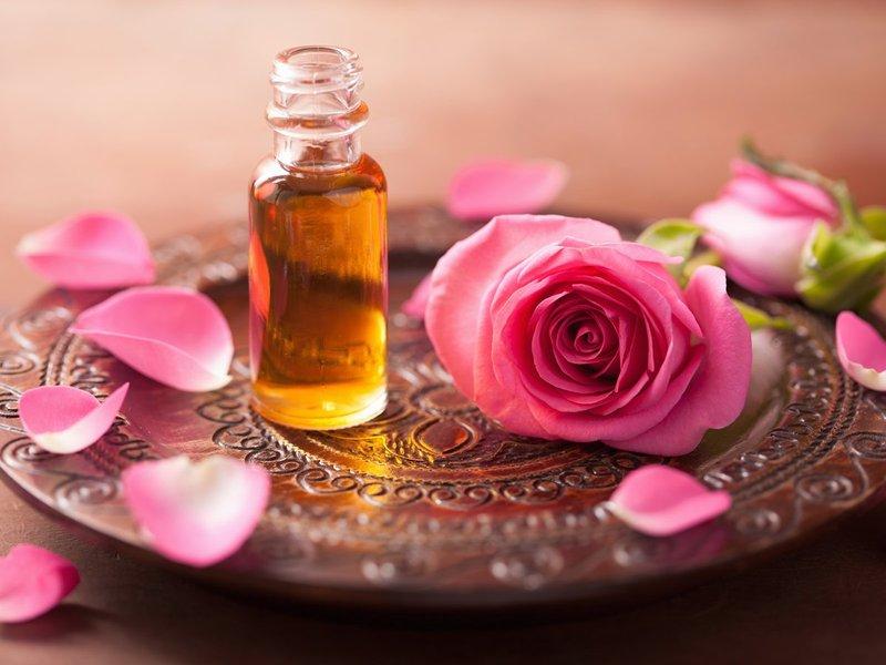 roseessentialoil.jpg