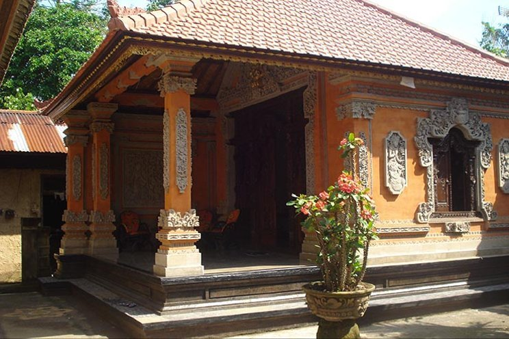 rumah adat bali - Pawaregen