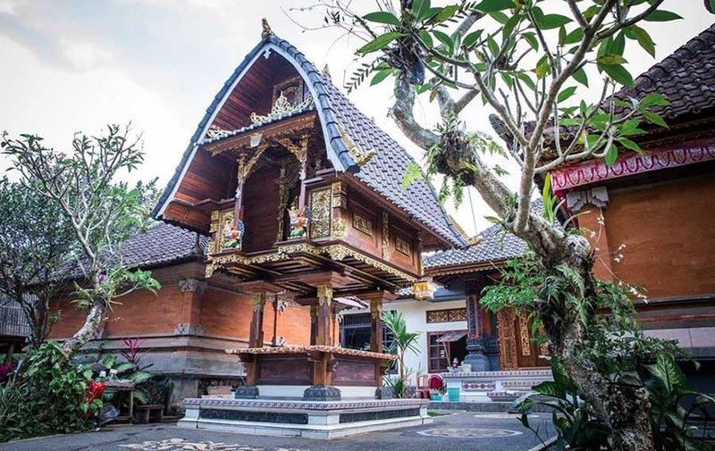 rumah adat bali - klumpu jineng
