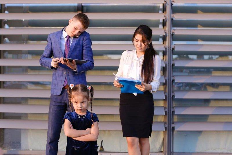 sabotase busy parents