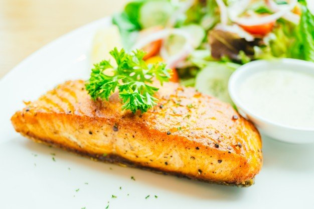 salmon-steak_1203-9613.jpg