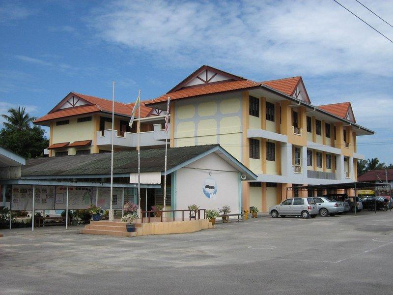 sekolah kayan