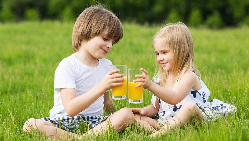 selain soda, 5 jenis minuman ini juga tidak baik untuk kesehatan anak 1
