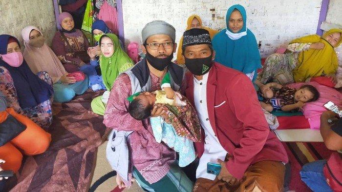 seorang-perempuan-di-cianjur-lahirkan-bayi-tanpa-merasa-hamil_169.jpeg