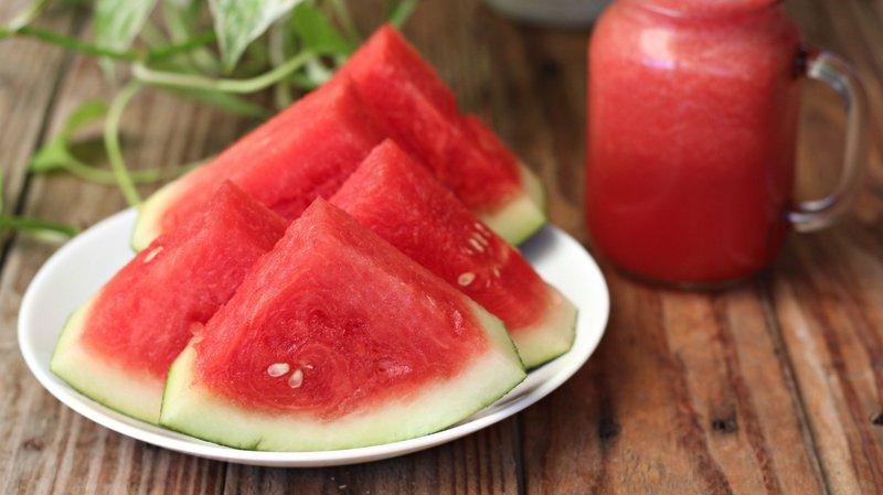 15 Manfaat Buah Semangka untuk Tubuh, Bisa Mencegah Asma!