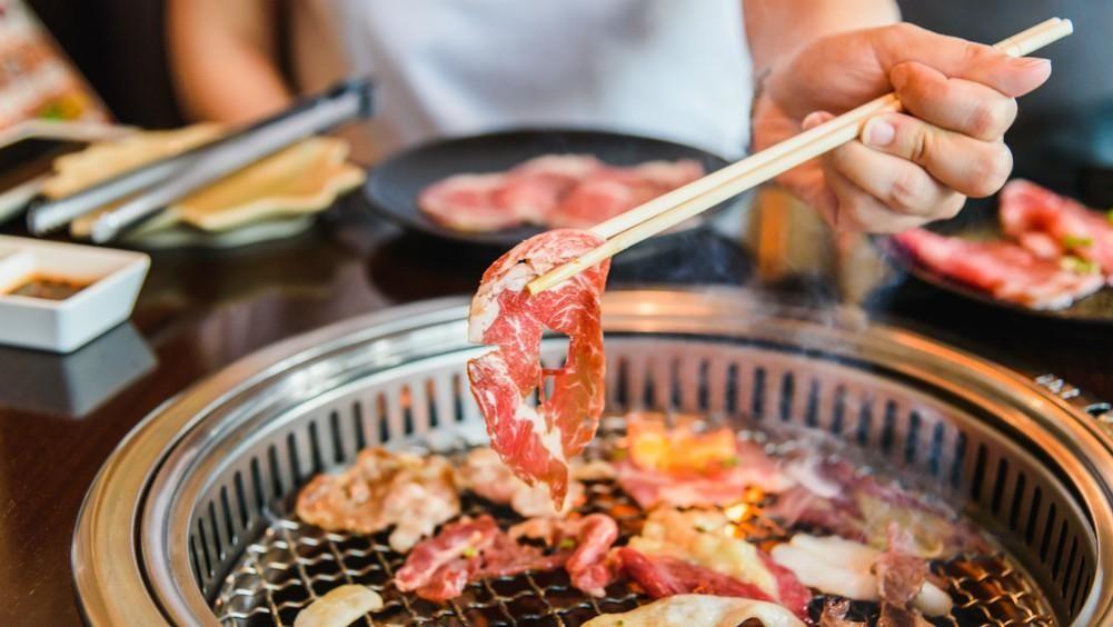 Harus Tahu, Ini 5 Tata Cara Makan Korean Barbecue! | Orami
