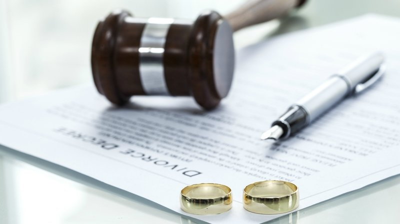 Hukum Istri Meminta Cerai -2