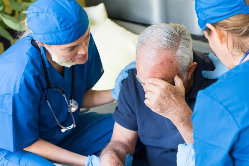 signs of a stroke require immediate medical attention