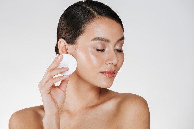 basic skincare - toning