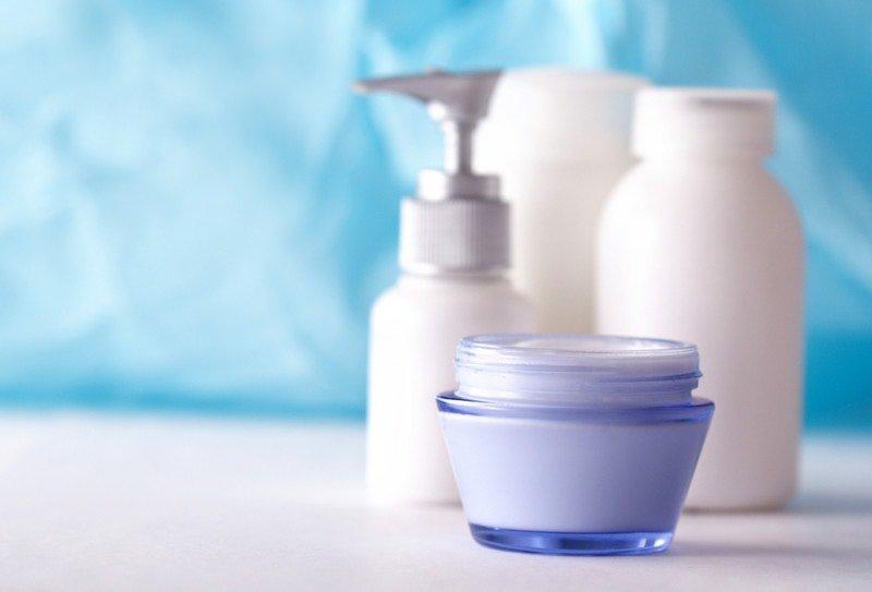 bahaya pewangi pada skincare