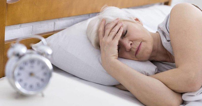 8 Penyebab Tubuh Berkeringat Saat Malam Hari 01