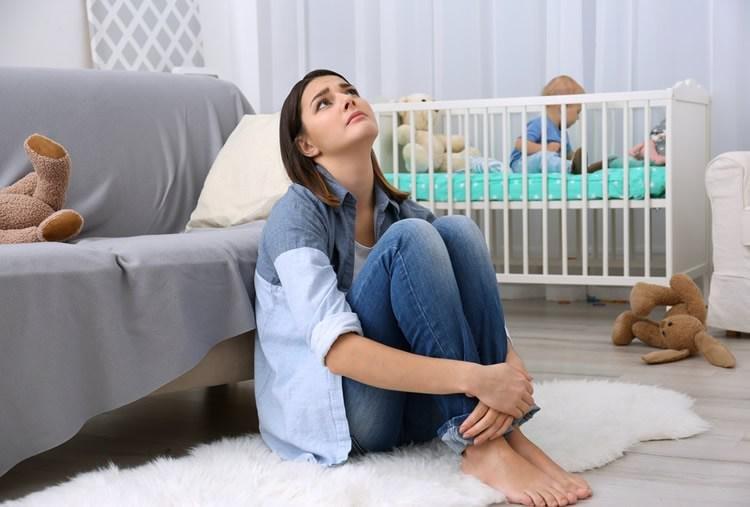 social media mother insecurity neurosciencenews