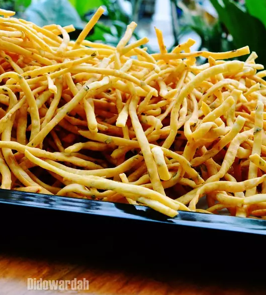 stick bawang kentang.png
