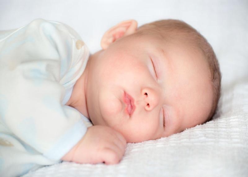 jam tidur bayi siang hari