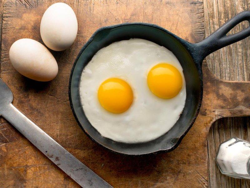 sunny side up eggs hero