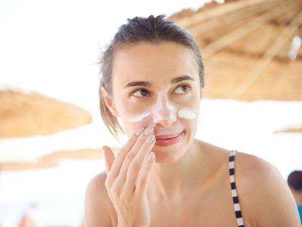 Pentingnya Memakai Sunscreen .jpg