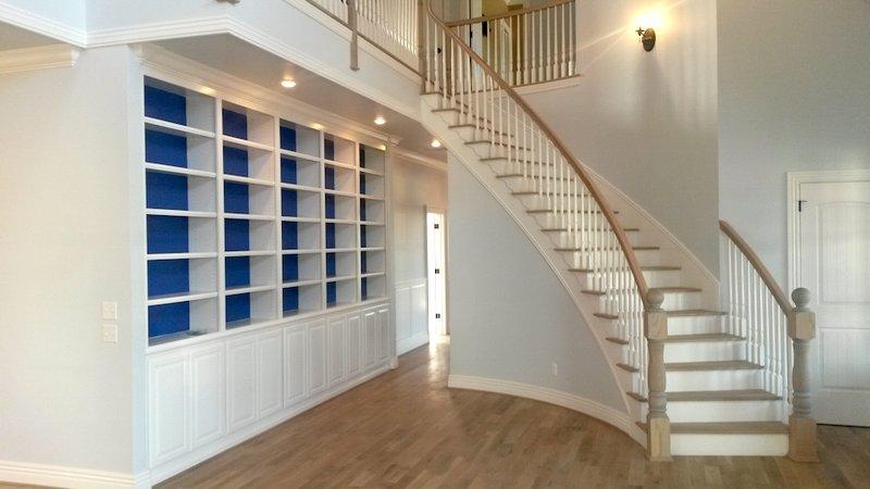 tangga rumah melengkung