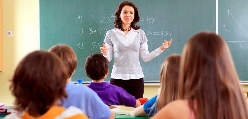 teacher teaching august 12 cropped