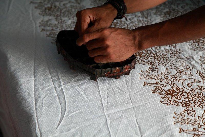 teknik batik cap.jpg