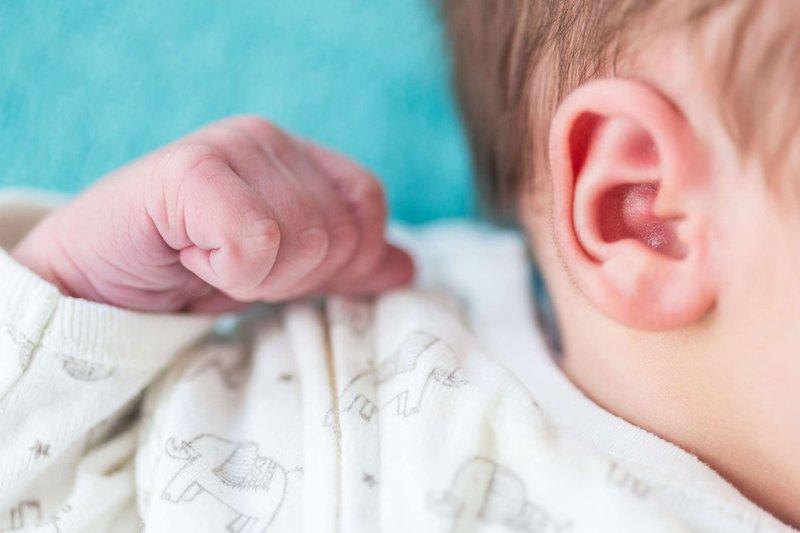 telinga bayi bau kista.jpg