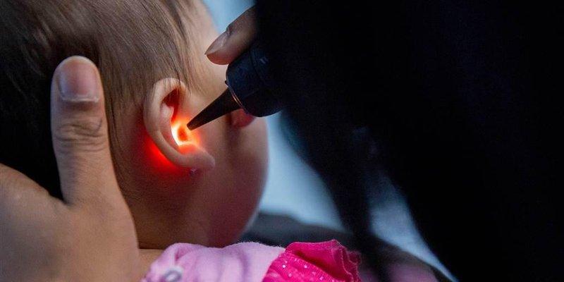 telinga bayi berair, benarkah karena infeksi 4