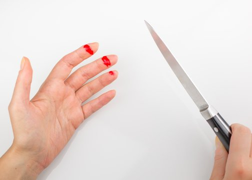 terkena pisau.jpg