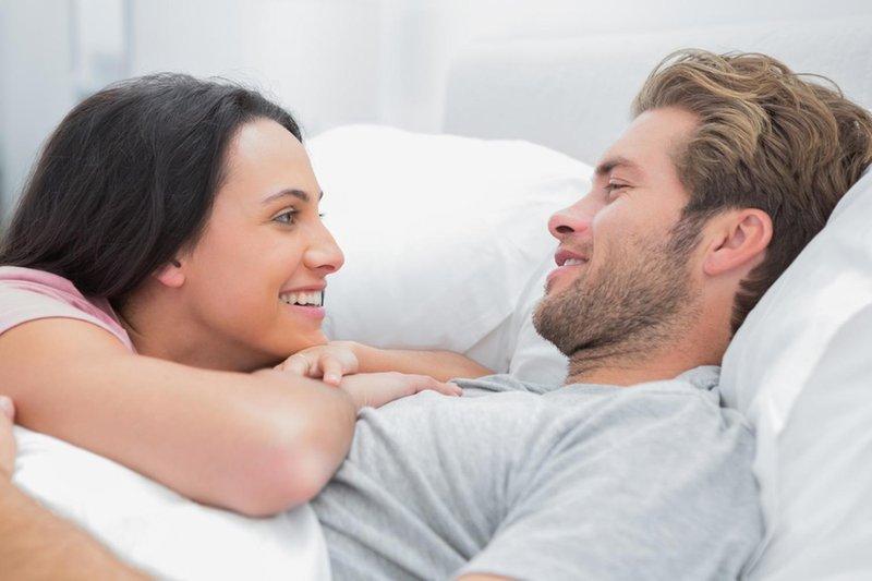 tetap romantis meski tak sering melakukan seks 01