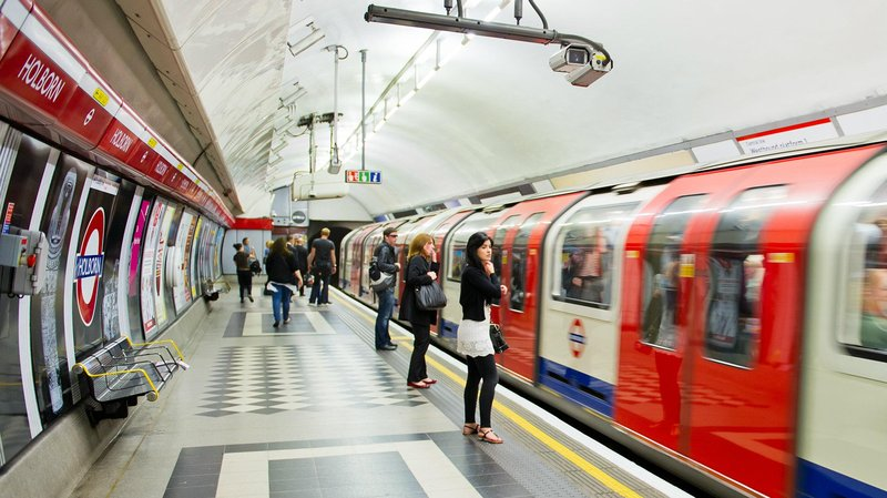 this tool shows just how unusual your daily london underground commute is 1