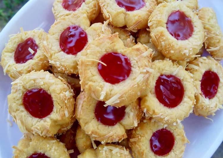 thumbprint-cookies-strawberry.jpg