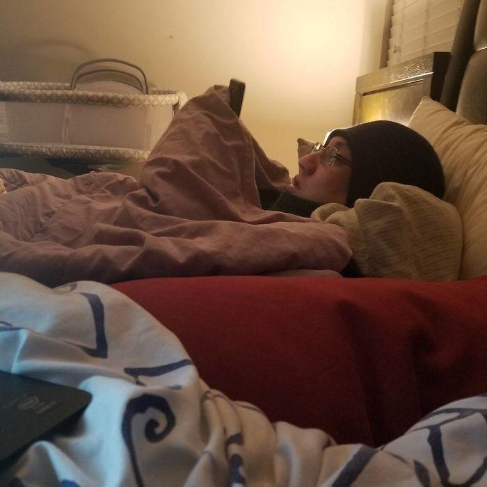 tidur dalam kondisi dingin