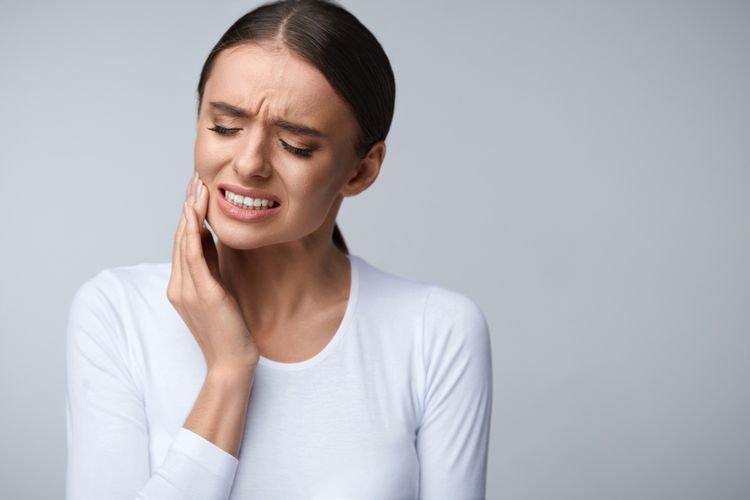 lidah sakit