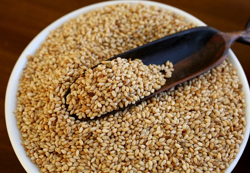 toasted-sesame-seeds.jpg