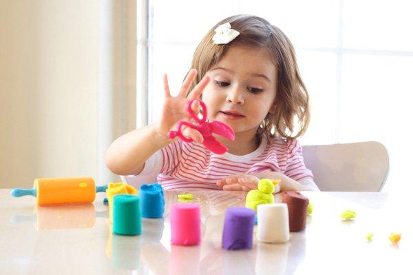 toddler-girl-with-playdough_rdwngs.jpeg