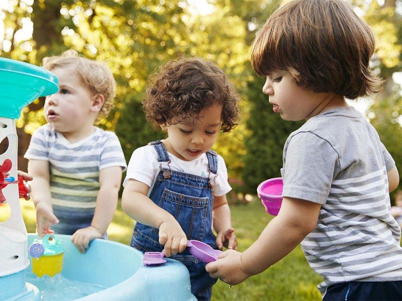 toddlers-making-friendsnarrow.jpg