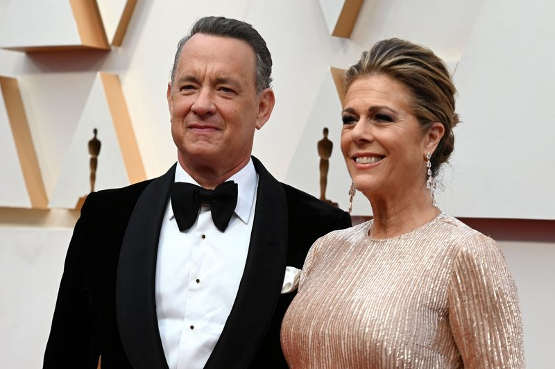 tom-hanks-rita-wilson.jpg